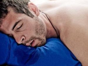 Повышенное слюноотделение: причины и лечение у взрослых