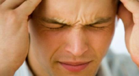 У ребенка болит голова в глазах