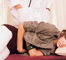 Фолликулярная киста правого яичника причины и симптомы лечение